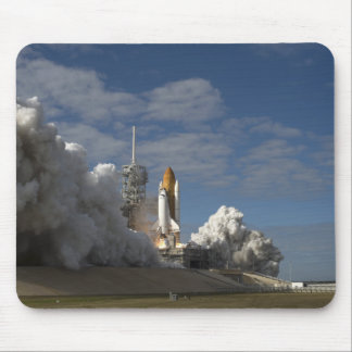 Space Shuttle Atlantis lifts off 23 Mouse Pad