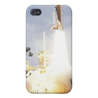 Space Shuttle Atlantis lifts off 4 Case For The iPhone 4
