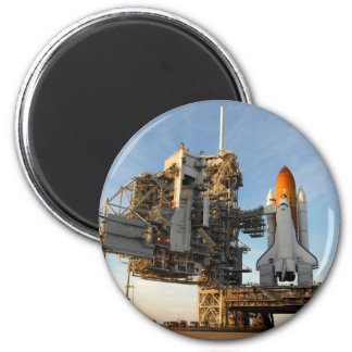 Space Shuttle Atlantis (STS-122) - launch pad 6 Cm Round Magnet