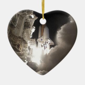 Space shuttle ceramic heart decoration