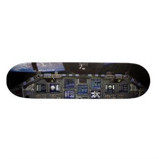 Space Shuttle Cockpit 18.1 Cm Old School Skateboard Deck