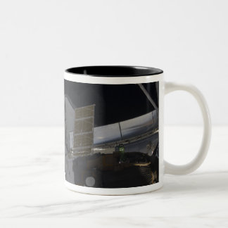 Space Shuttle Discovery 10 Two-Tone Coffee Mug