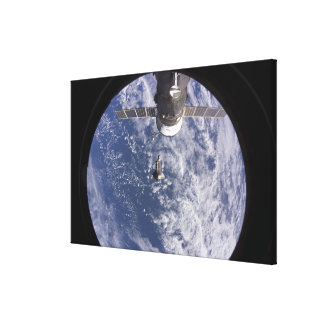 Space Shuttle Discovery 11 Canvas Print
