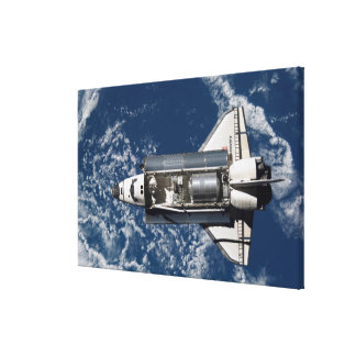 Space Shuttle Discovery 16 Canvas Print