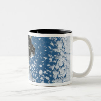 Space Shuttle Discovery 8 Two-Tone Coffee Mug