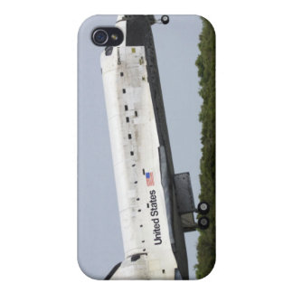 Space Shuttle Discovery approaches landing 4 Cover For iPhone 4