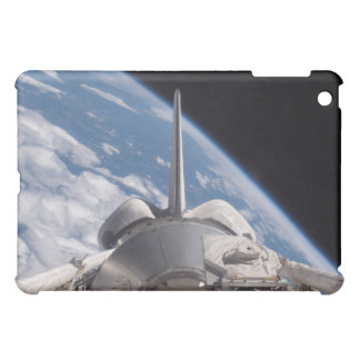 Space Shuttle Discovery backdropped by Earth Case For The iPad Mini