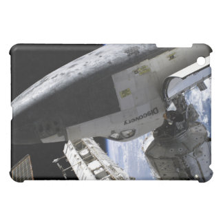 Space Shuttle Discovery docked iPad Mini Cover