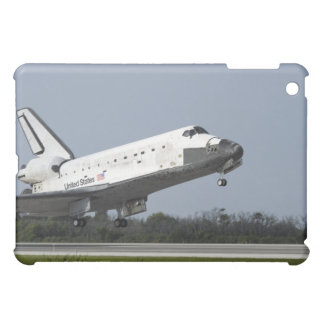 Space shuttle Discovery lands on Runway 33 2 Case For The iPad Mini