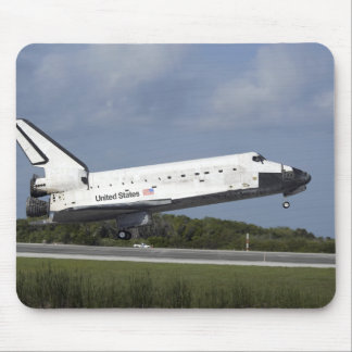 Space shuttle Discovery lands on Runway 33 3 Mouse Mat