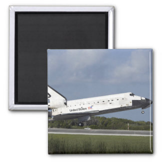 Space shuttle Discovery lands on Runway 33 3 Square Magnet