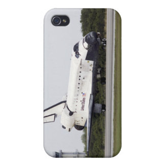 Space Shuttle Discovery on the runway Case For The iPhone 4