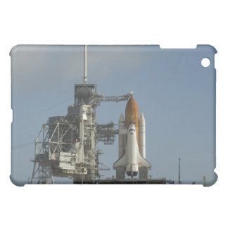 Space Shuttle Discovery sits ready 2 iPad Mini Case