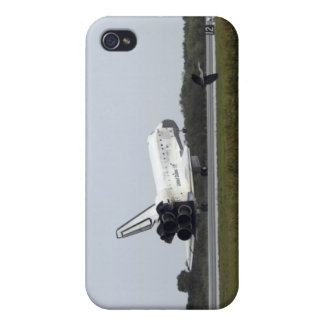 Space Shuttle Discovery touches down 3 iPhone 4 Cover