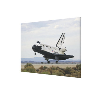 Space Shuttle Discovery's main landing gear Canvas Print