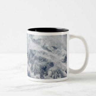 Space Shuttle Endeavour 11 Two-Tone Coffee Mug