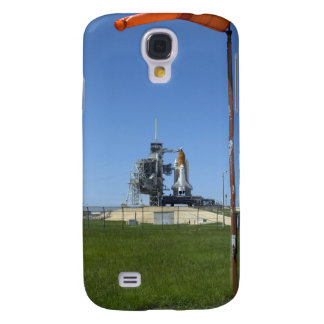 Space shuttle Endeavour is framed by a windsock Galaxy S4 Case