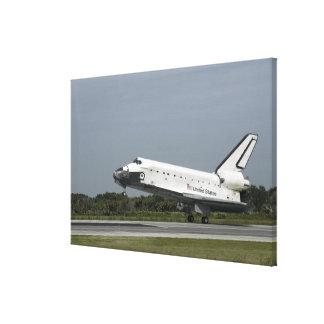 Space Shuttle Endeavour touches down Canvas Print