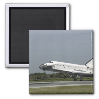 Space Shuttle Endeavour touches down Magnet