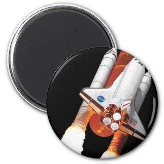 space shuttle - final flight 6 cm round magnet