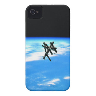 Space Station Orbiting Earth 4 Case-Mate iPhone 4 Cases