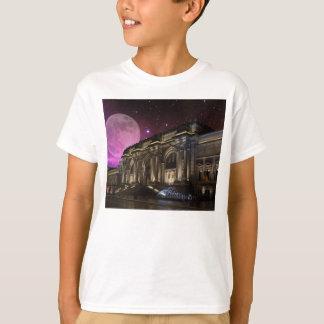 Spacey Metropolitan Museum T-Shirt