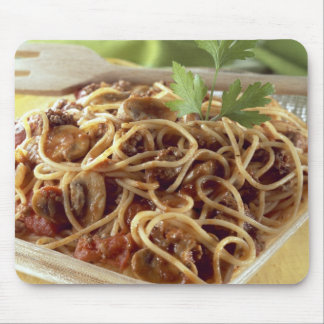 Spaghetti bolognese For use in USA only.) Mouse Mat