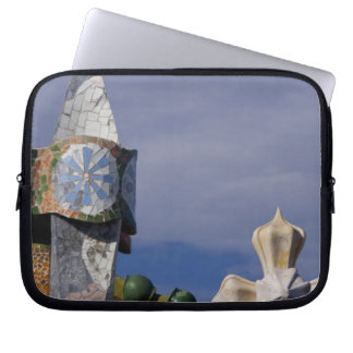 Spain, Catalonia, Barcelona. Casa Batllo (1906). 3 Laptop Sleeve