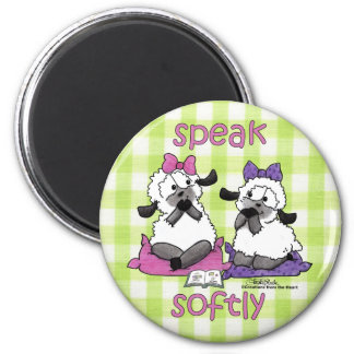 Speak Softly Lambs 6 Cm Round Magnet