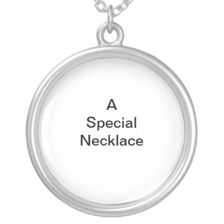 Special Round Pendant Necklace