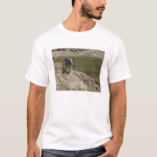 Specialist climbs down T-Shirt