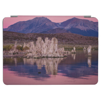 Spectacular Mono Lake In The Shadow iPad Air Cover
