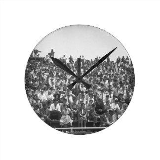 Spectators Round Clock
