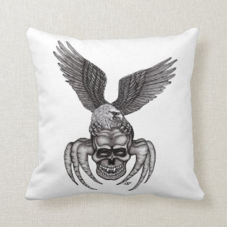 Spiderskull with Eagle Cushion