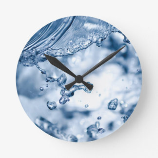 Splashing water round clock