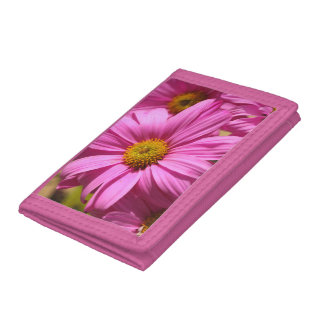 Splendid Beauty Pink Daisy Flowers Tri-fold Wallet