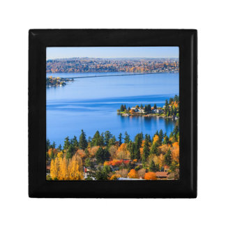 Splendid colors of fall at Bellevue Gift Box