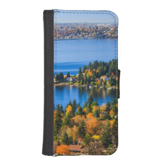 Splendid colors of fall at Bellevue iPhone SE/5/5s Wallet Case