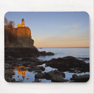 Split Rock Lighthouse at sunset near Two Mouse Mat