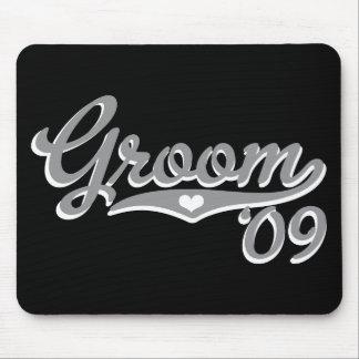 Sporty Heart Grey 09 Groom Mousepad