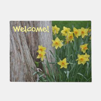 Spring Daffoldil Welcome Mat