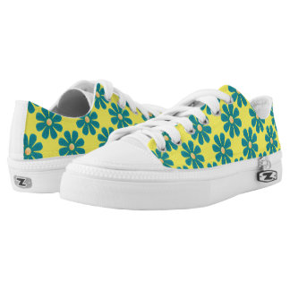 Spring light blue flowers on bright yellow low tops