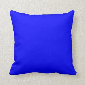 SQUARE - CUSHION. BLUE, MAGENTA. CUSHION