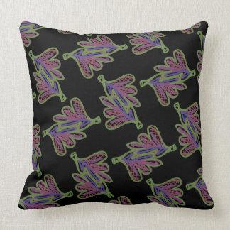Square cushion Jimette pink Design on black