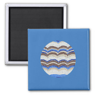 Square magnet with blue mosaic