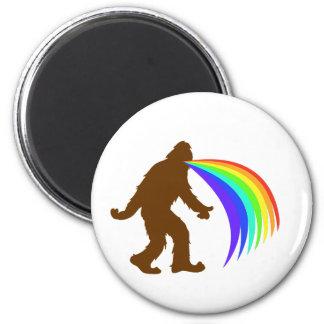 Squatch Barfing A Rainbow 6 Cm Round Magnet