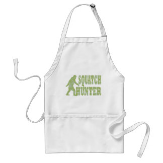Squatch hunter on camouflage standard apron