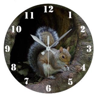 Squirrel Clock