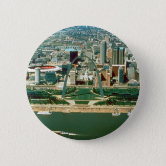 St. Louis Arch and Skyline 6 Cm Round Badge
