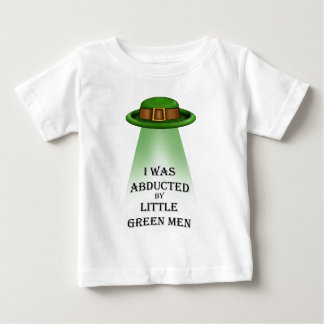 st. patrick's day, abducted by little green men t-shirt